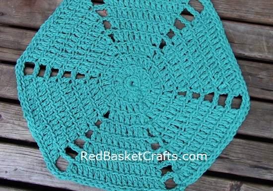 Crochet Rug Pattern by Red Basket Crafts