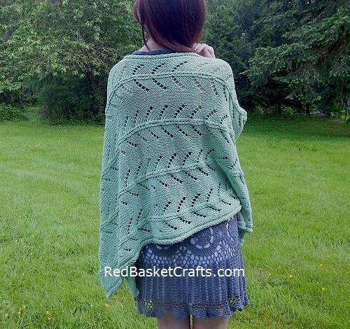 Poncho Lace Stitch Knitting Pattern - 4 Ply Worsted Yarn (Cotton Cake Brand)