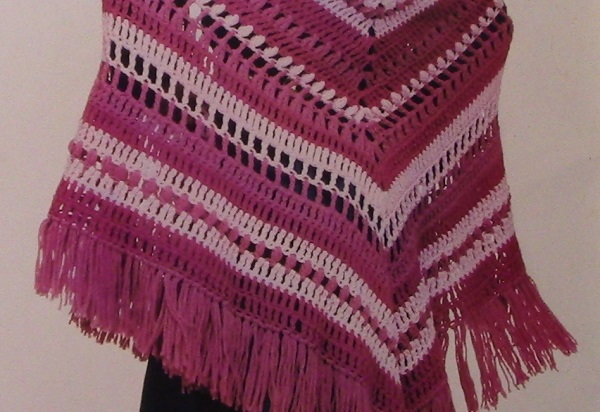 Crochet Shawl Triangle Vintage Pattern Worsted 4 Ply Yarn