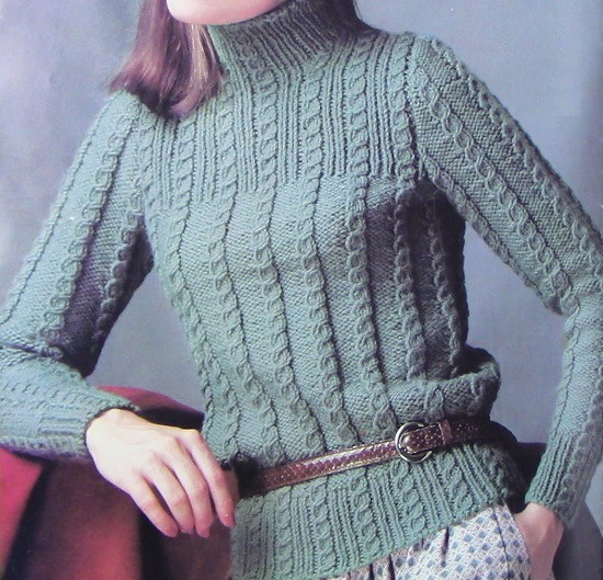 Turtleneck Long Sleeves Pullover in Cable Stitch Vintage Knitting Pattern