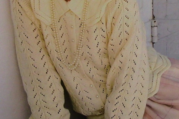 Knitted Lace Cardigan Pattern Long Sleeves Collar 2 Ply Yarn