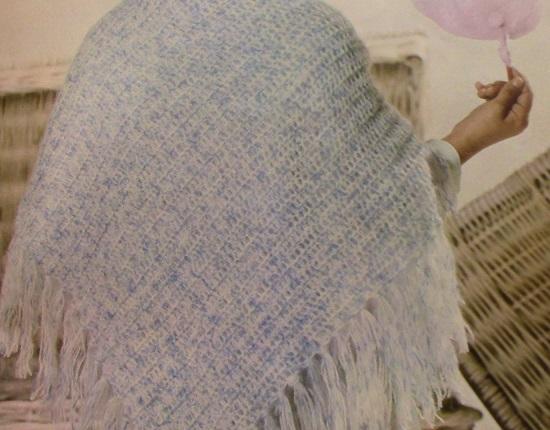Crochet shawl from DK yarn in double crochets - Vintage pattern for beginners