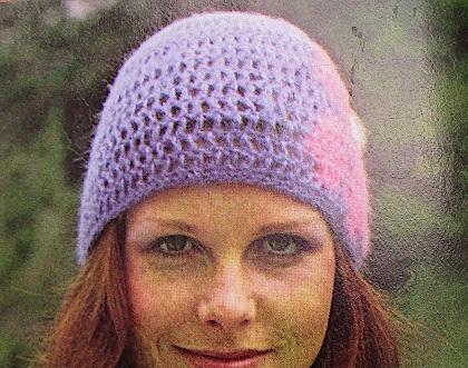Crochet Flower Hat Pattern DK Yarn