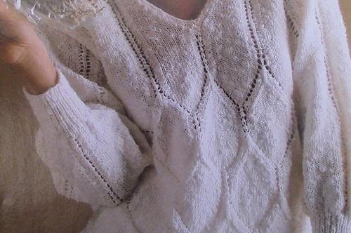 Women's Sweater Knitting Pattern - 3 Ply DK Yarn - Sizes S, M, L