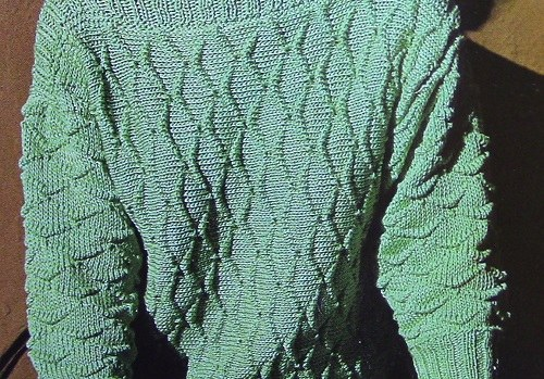 Textured Sweater Long Sleeves Boat Neck - Vintage Knitting Pattern - 4 Ply Worsted Yarn - Size S, M, L
