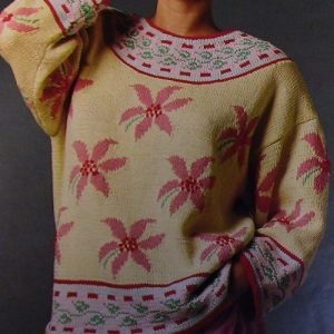 Women's Pullover With Flowers, Fair-Isle/Intarsia/Jacquard Technique, Long Sleeves - Size M, L - Worsted or DK Yarn - Vintage Knitting Pattern